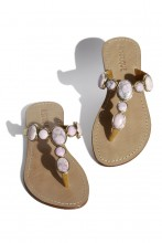 Sandals with rosè gemstones