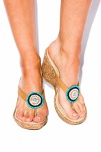 Wedges sandals with turquoise stones