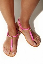 Pink sandals with skull