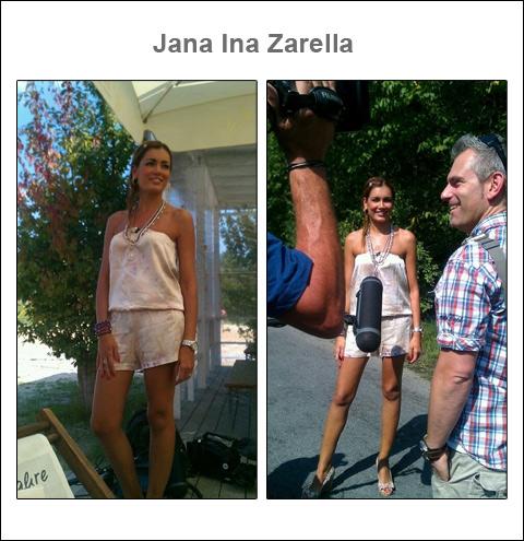 Glanzvoller Auftritt: TV-Star und Model Jana Ina in einem seidigen Jumpsuit von Alexis