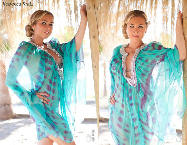 La estrella Rebecca Kratz luciendo una glamourosa túnica de Aqua di Lara